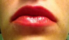coral lipstick closeup
